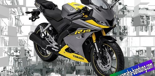 R15 Racing yellow